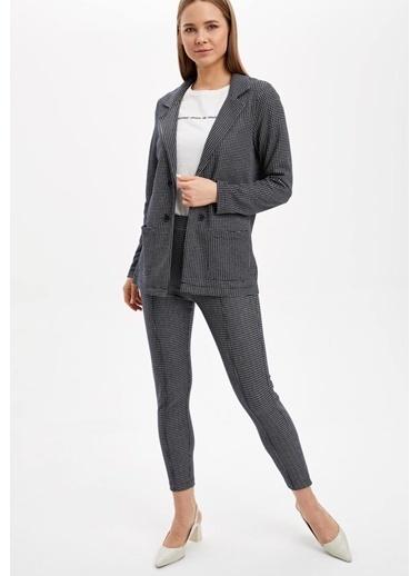 DeFacto Relax Fit Cep Detaylı Blazer Ceket Lacivert